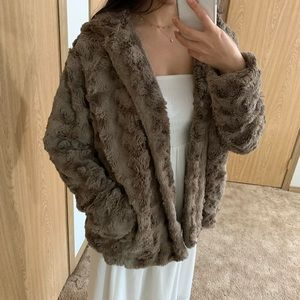 Jackets & Blazers - FOREVER21 X LOS ANGELES collection faux fur coat